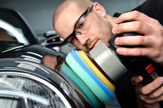 Полировка деталей автомобиля: обработка мелких элементов авто