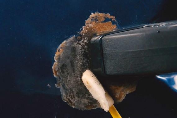 Ржавчина на днище авто: очистка автомобиля от коррозии