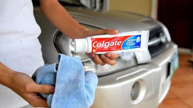 Полировка фар зубной пастой: чистка своими руками (видео)