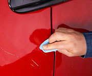 Как заполировать царапину на машине и глубокие повреждения автомобиля?