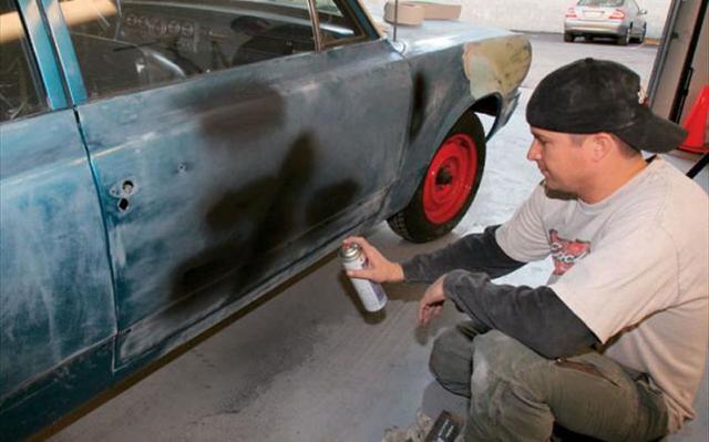 Как правильно красить из баллончика: чем удобна краска спрей для авто?