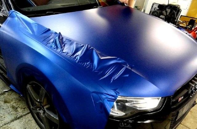 Оклейка автомобиля пленкой своими руками: как сделать обтяжку авто?