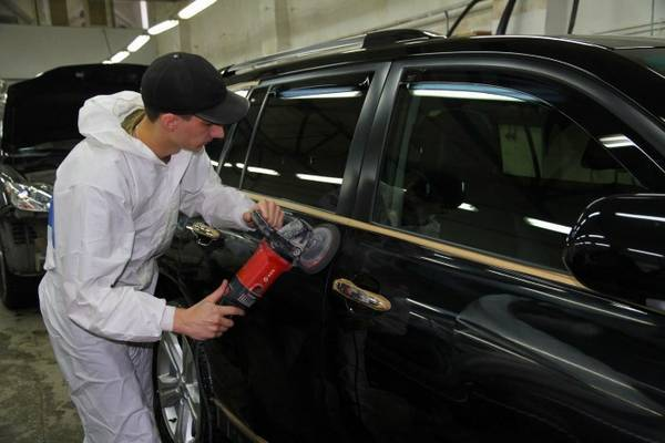 Защитные полироли для кузова автомобиля и полировка перед зимой