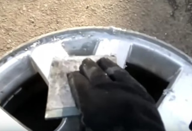 Как и чем покрасить литье: покраска своими руками