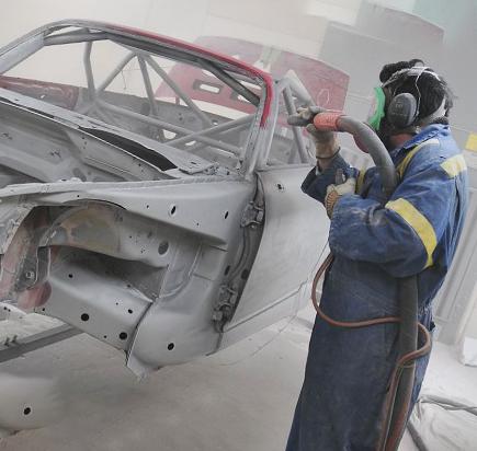 Пескоструйная обработка днища автомобиля