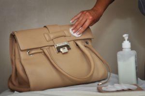 Заделать царапину на коже: ремонт царапин на коже